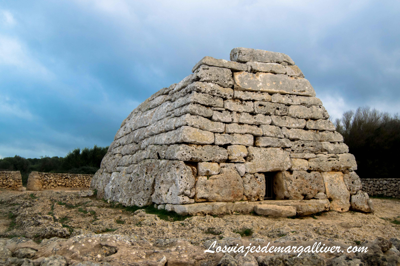 Naveta des tudons en Menorca - Los viajes de Margalliver